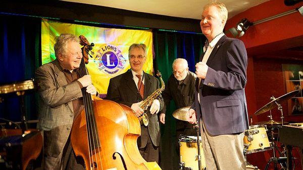 Das Christian-von-der-Osten Quintett sorgte für die swingende Musik