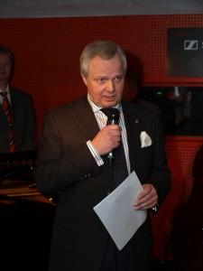 Lions-Präsident Henning Schulze bei der Begrüßung