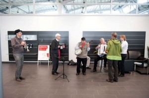Unplugged Regen-Session der Thomas Beste Jazzband im Pavillon