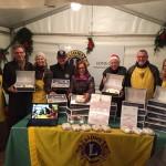 Lionsfreunde aus Dresden und Hannover verkaufen den original Dresdner Christstollen in Kirchrode