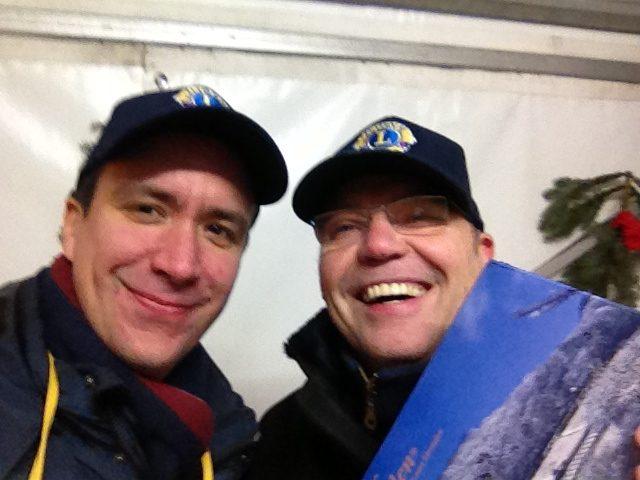 Jürgen Hinneburg und Fabian Manzau verkaufen den letzten Stollen 2016!