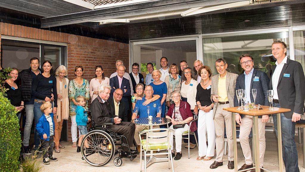 Lions Club Hannover-Tiergarten bei einer Hauseinladung