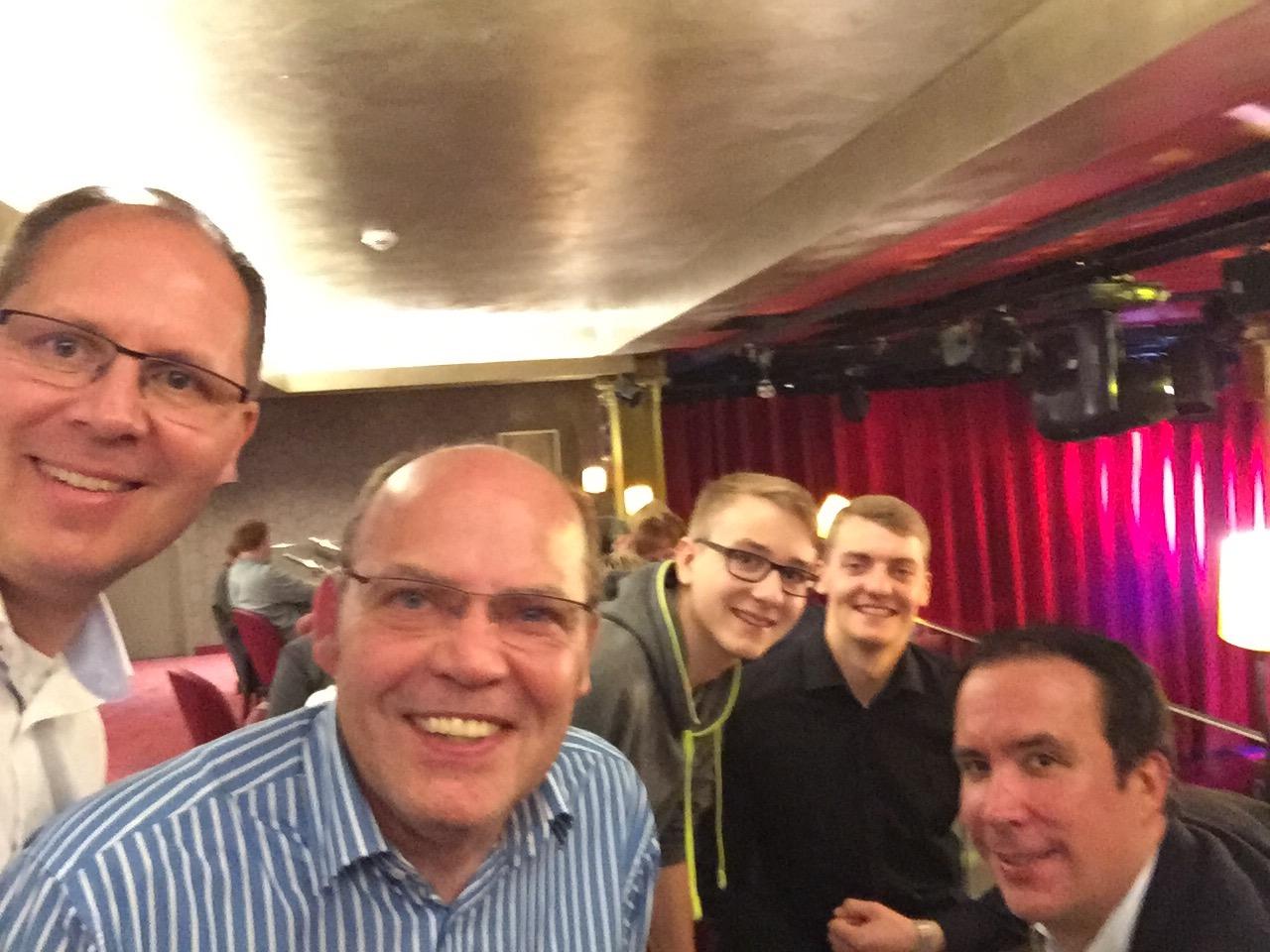 20.10.2017: Einlösung des GOP-Gutscheins für den 2. Platz: Stefan Dumke, Jürgen Hinneburg, Jonathan Dumke, Martin Hinneburg, Fabian Manzau (v.l.n.r.)