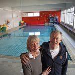 Elisabeth und Joachim Seegers vom Lions Club Hannover-Tiergarten organisieren diese Schwimmkurs-Activity