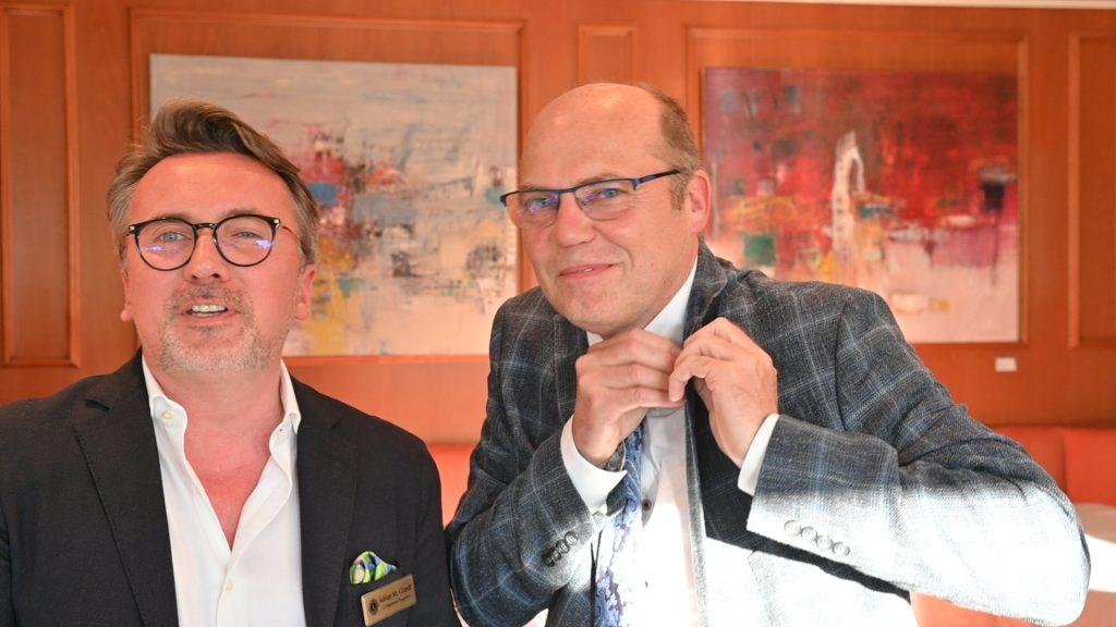 Adrian Grandt übergibt das Präsidium an Jürgen Hinneburg